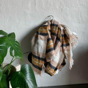 H&M scarf cream tan yellow blue